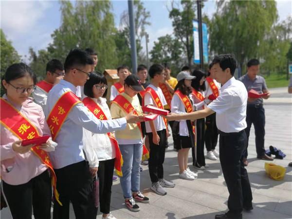 """淮安区水利系统开展""""七彩夏日"""" 职工子女看水利活动"""
