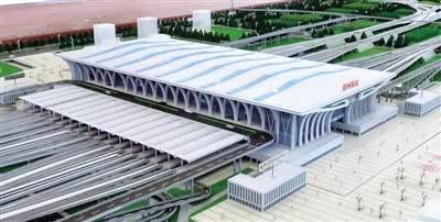郑万高铁检测列车驶过郑州南站