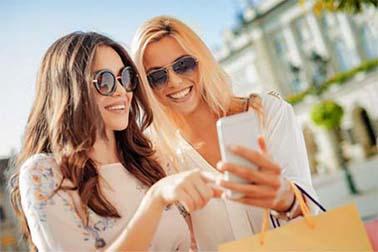 <b>讯淘APP,话费消费线上购物平台,让购物更简单</b>
