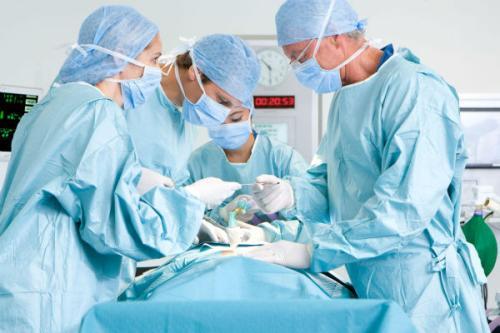 左撇子不能当妇产科医生?其实,最和左撇子绝缘的是口腔专业