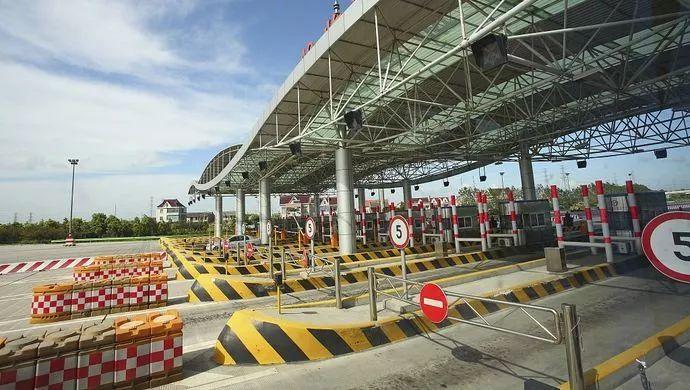 交通运输部:加快货车ETC车载装置安装 全面推广高速公路差异化收费