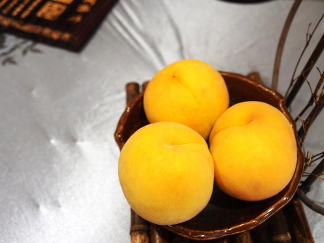 【上海最好吃、最甜的黄桃已经熟了,再不抓紧又要等一年】黄桃熟了吗