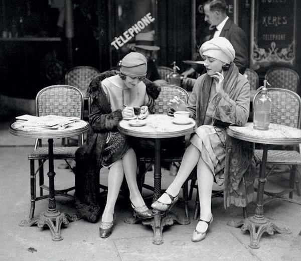 老照片:民国女人的丝袜惹出来的那些事端