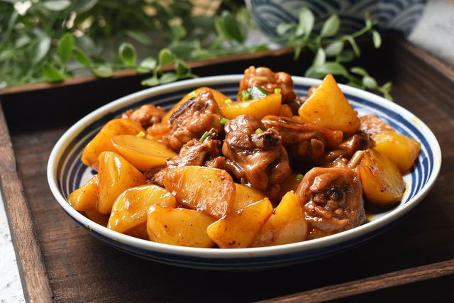 立秋后多吃这肉,比猪肉营养牛肉便宜,滋补不上火,孩子吃身体棒