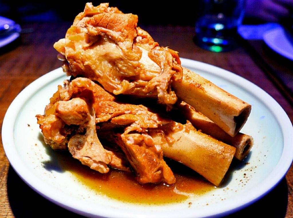 为啥菜市场的大骨头十几元一斤,自助酱大骨却只要29元一位?