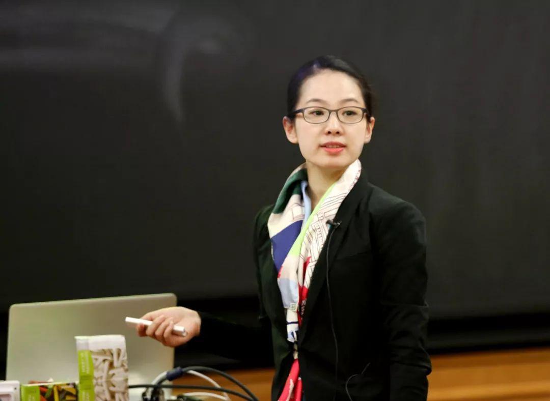 清华大学美术学院教师张姗姗获清华大学青年教师教学优秀奖