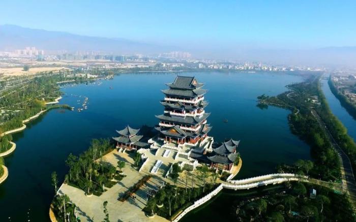 云南很可悲的3个城市,一个是保山,一个北连昆明