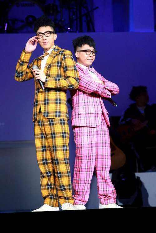 恭喜!香港嘻哈组合成员12月举行婚礼 曾因患病被前女友悔婚