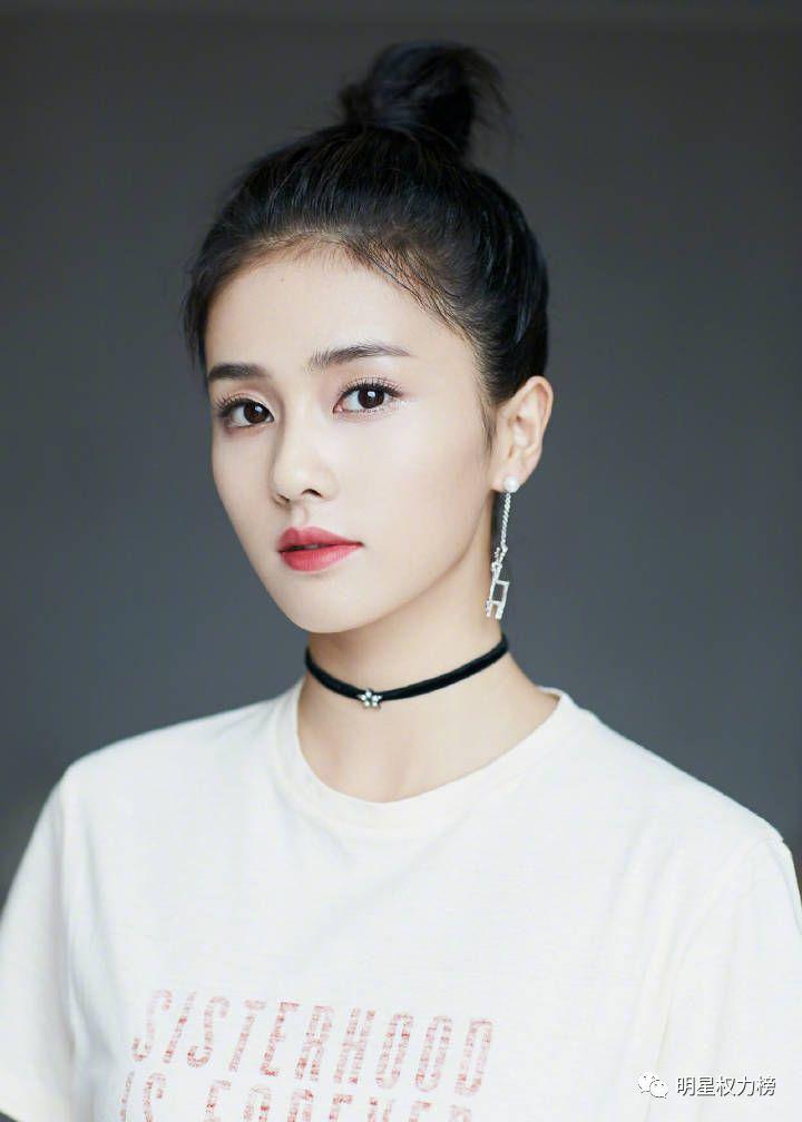 快讯 | TF演唱会、蔡徐坤大片、华晨宇杂志、朱正廷节目