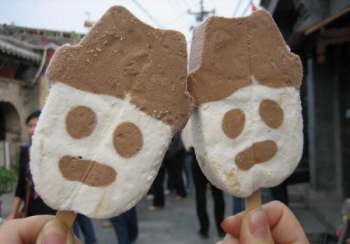 """冰淇淋融化了再冻【雪糕融化后再冻住,会产生""""可溶性毒蛋白""""?营养师"""