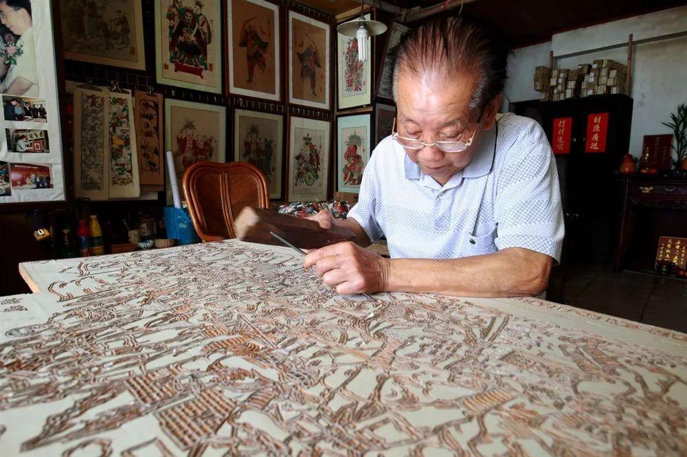 国家级非遗传承人冯炳棠去世,遗愿:希望佛山木版年画薪火相传