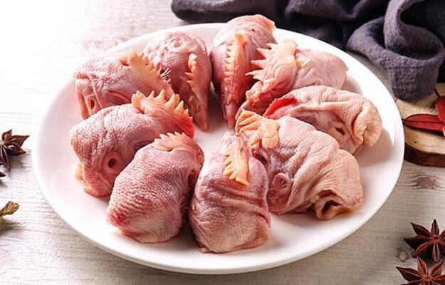 鸡头、鸡脖、鸡翅、鸡屁股,这些到底能不能吃?看完你就明白了