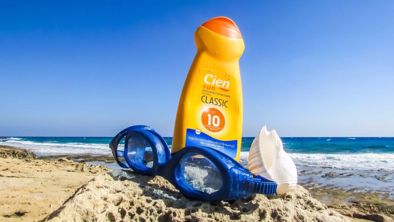 还在涂防晒霜?研究表明防晒霜可能对海洋生态造成巨大影响