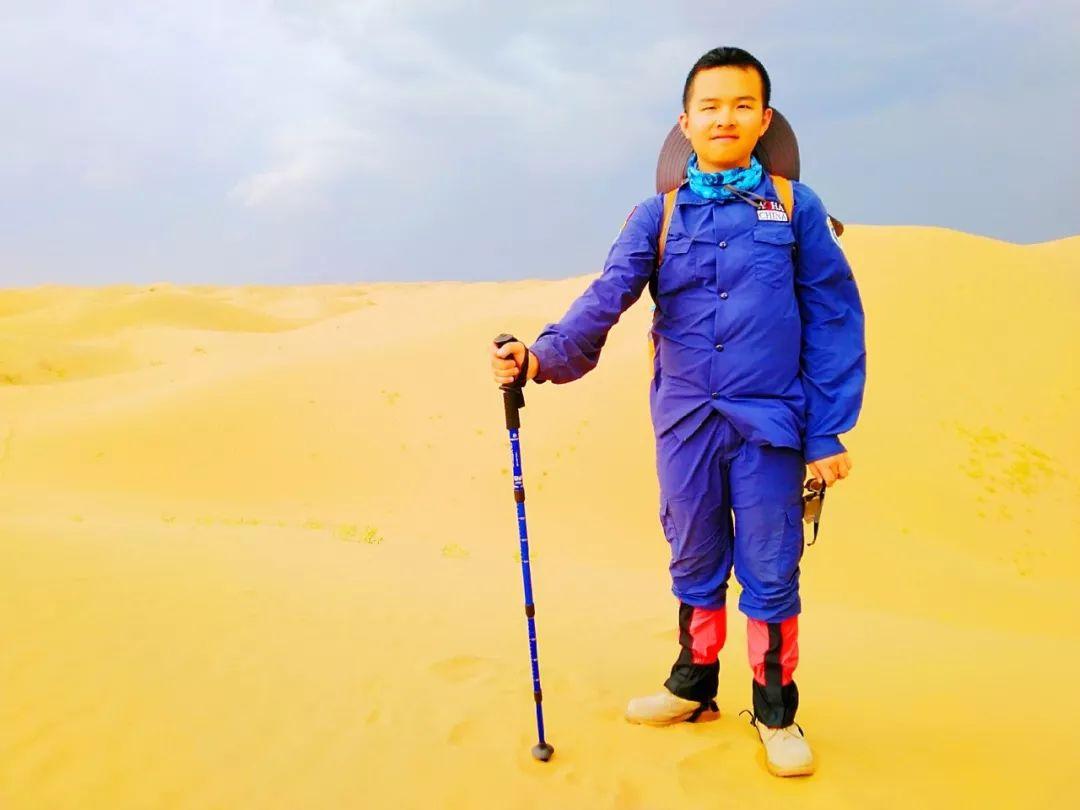 呼和浩特拓展培训,呼市拓展训练,内蒙古团队建设,团建活动,军训,亲子活动,呼和浩特市员工培训