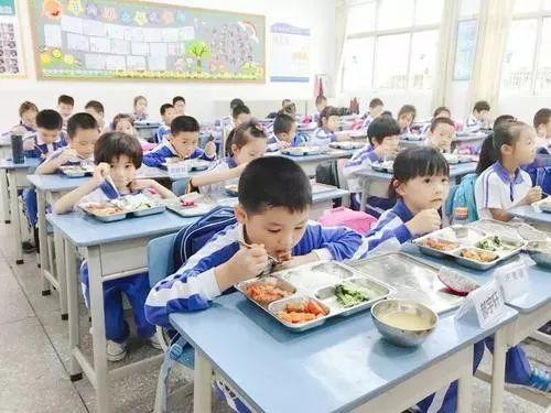 重磅!东莞中小学生校内午托9月起实施,陆续囊括逾90%学校