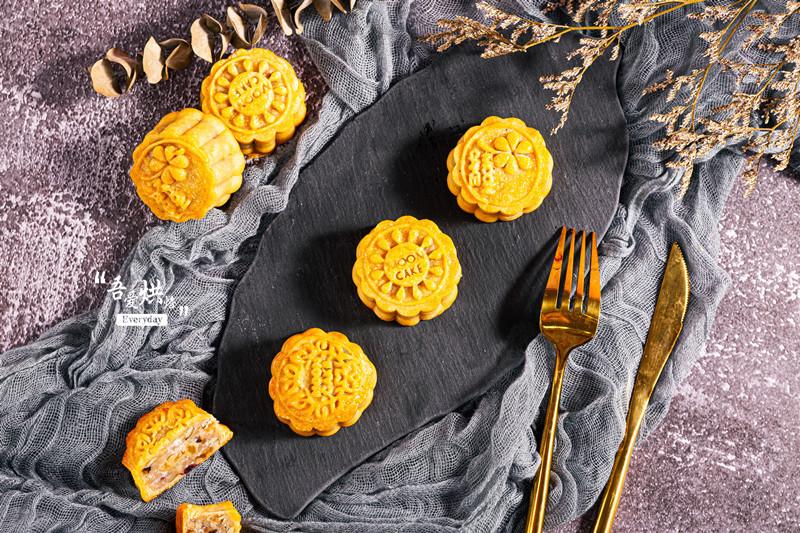 自制五仁月饼,不爱吃五仁月饼的人都说好吃!