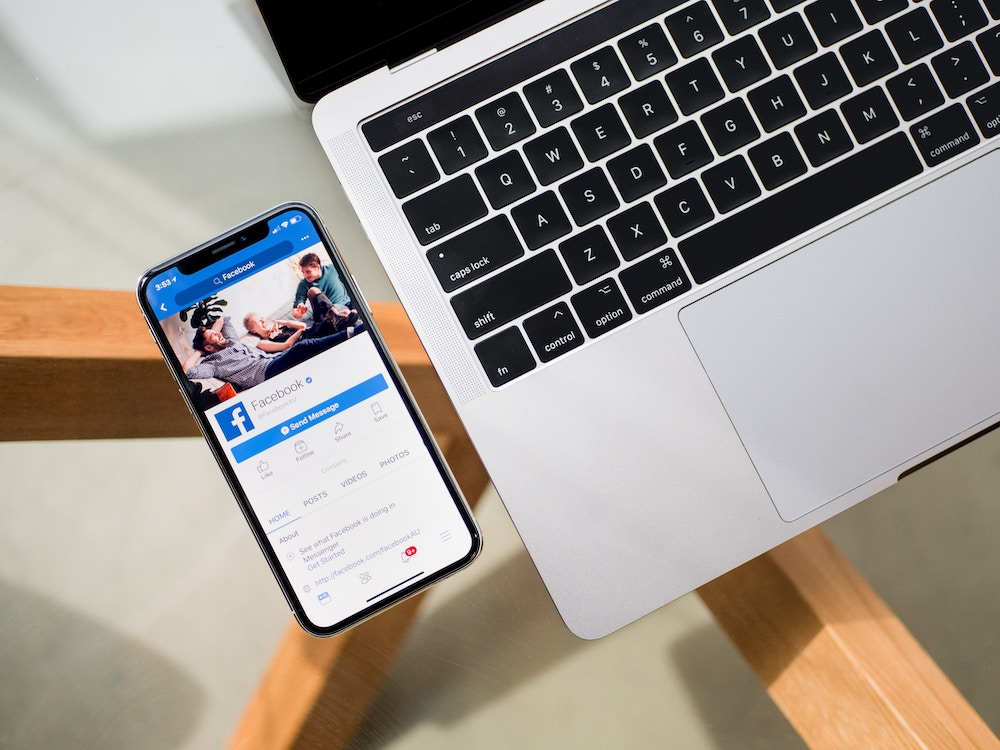 Facebook 被指雇佣承包商审查转录用户的 Messenger 录音