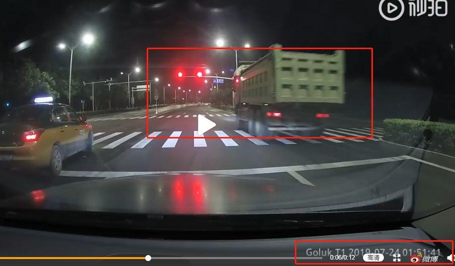 远离大货车!通州这条路持续夜査大货车闯红灯!