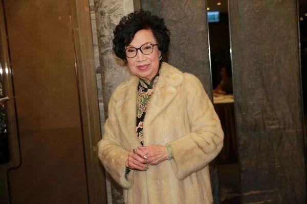 TVB资深艺人梁舜燕离世 众星悼念 李克勤:永远怀念干妈