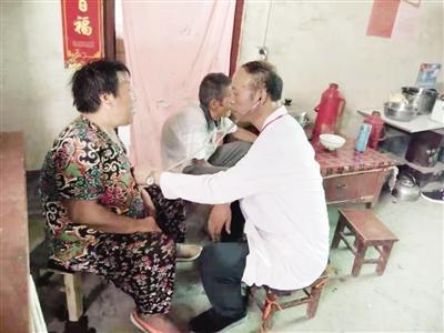 """潼关刘永生:村民身边的""""120"""""""