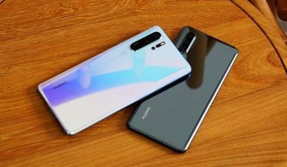 七月手机销量排行版引争议!华为p30排第二,第