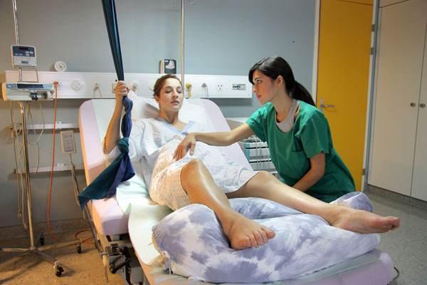 原創             孕晚期破水后第1步要做什么?先別忙去醫院,做好這一步更緊要!