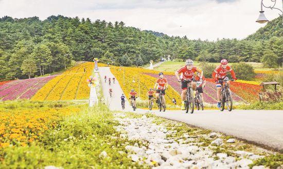 巫溪红池坝国际山地自行车赛开赛