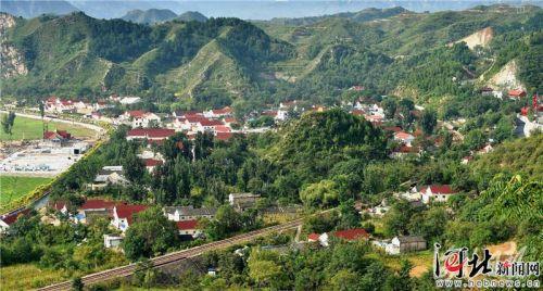 河北省为太行山披绿逾千万亩