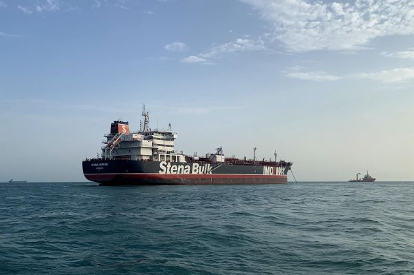 伊朗将领:伊朗有能力扣任何船只 哪怕美英海军护航