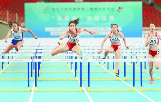 二青会女子100米栏摘金 邵阳妹子夏思凝破全国少年纪录