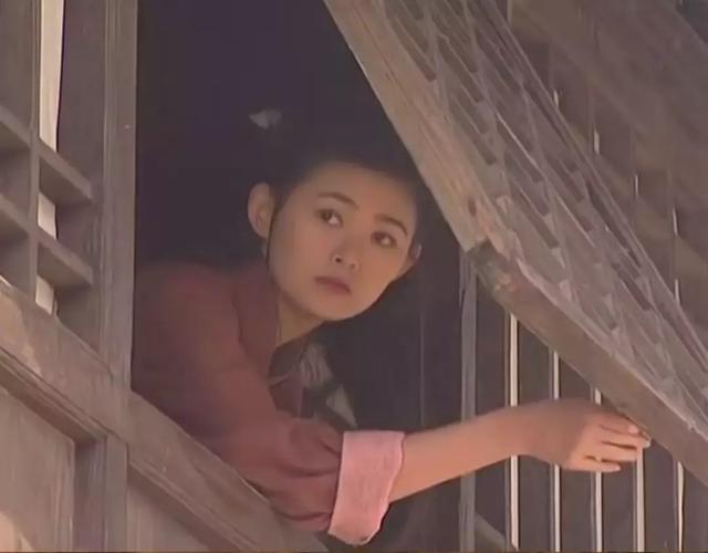 《蓝色妖姬》主演现状:女主淡出公众视野,小配角连获最佳女演员