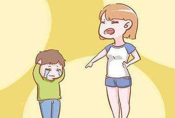 聪明的父母,不会在四个时间批评孩子,伤害一辈子