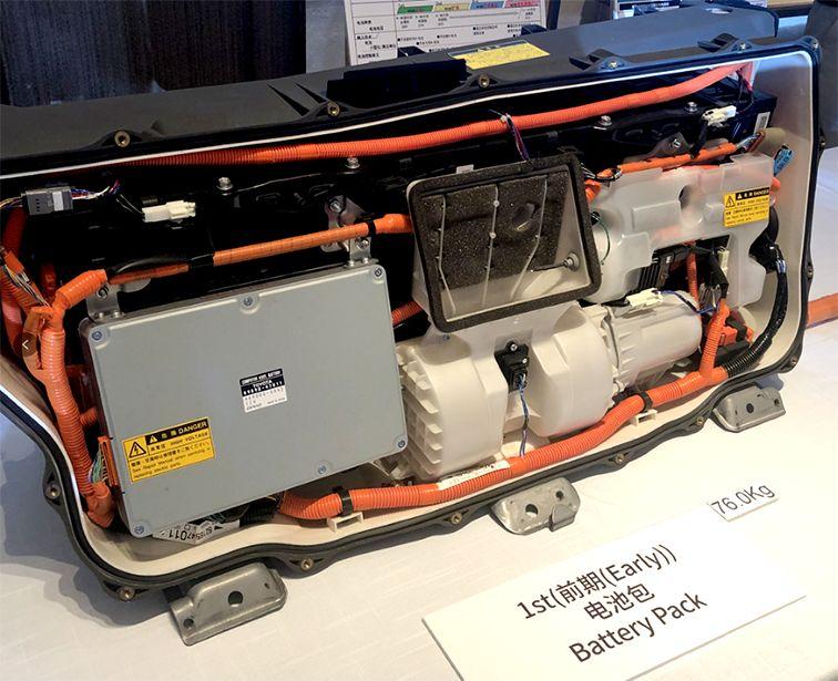 别人家电动车都在炫智能,丰田却只亮出了硬核电