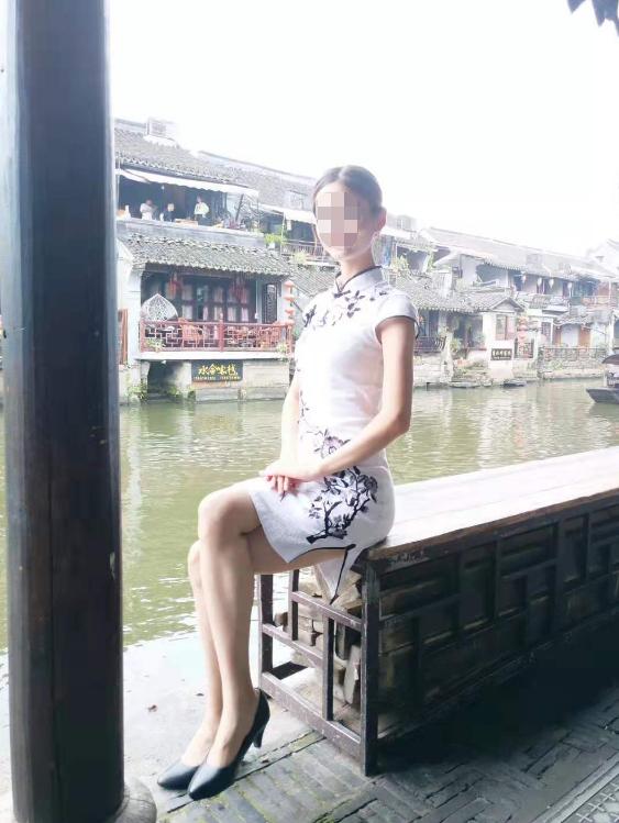 云南准空姐因政审找到生父 突然多个女儿,他一夜未眠