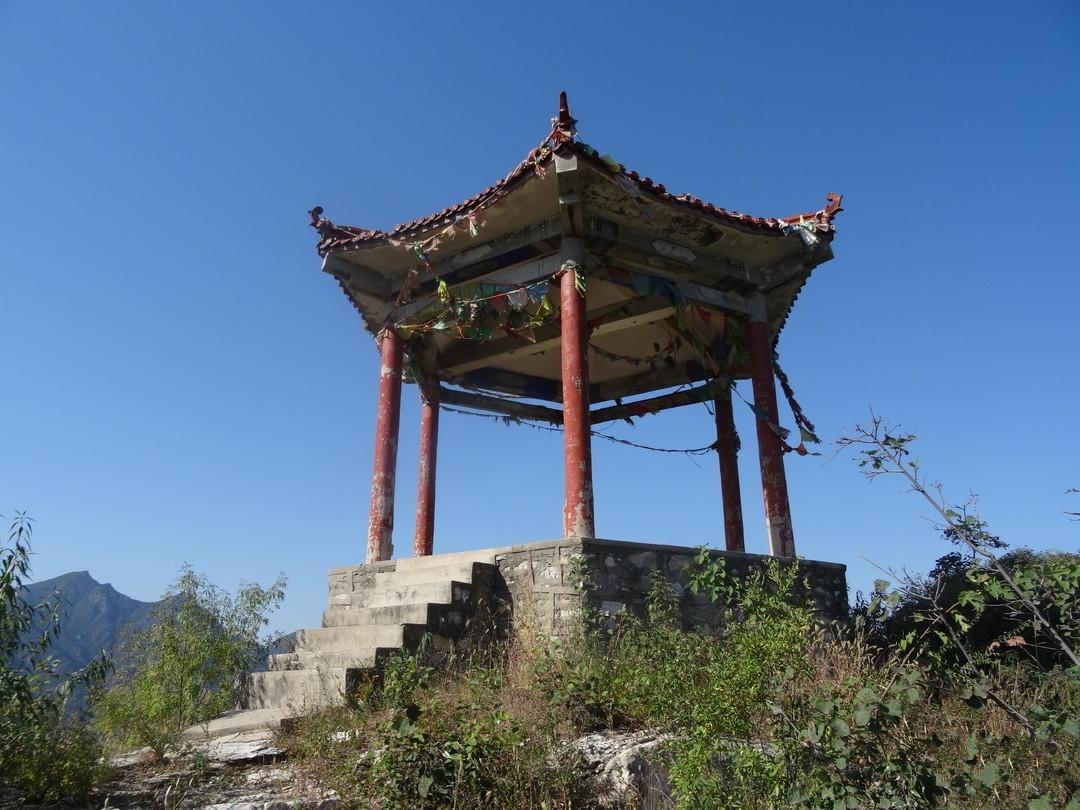 我国用一个省份的名字来命名的镇,矿产资源丰富,就在北京
