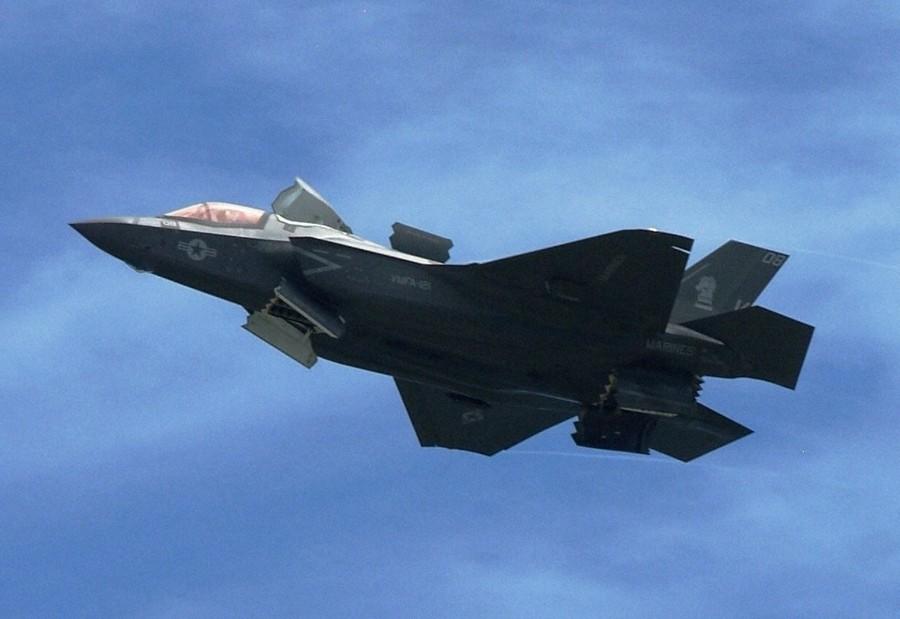 日本正式决定引进F35B战机 配备于出云级准航母