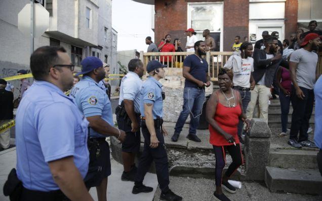 缉毒变警匪枪战!枪手网上直播,美国6警驳火受伤2警一度遭挟持