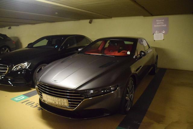 上海最稀有的车,Roi的,在路上有超过1000万辆车,看起来像蒙迪欧