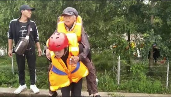 <b>牡丹江市消防救援支队林口大队成功处置一起水域救援</b>