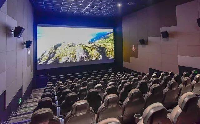 电影院从业者:工作高峰从晚上开始,开场前和散场后人最多