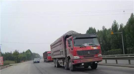"""【治污】3万多台大货车驶入蚌埠要被强制""""洗澡"""",为啥?"""