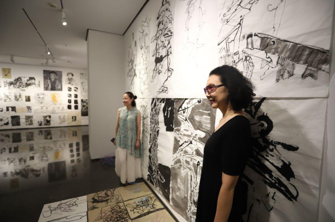 """""""五个课题的报告:第二期自由绘画非具象研究工作坊结业展""""于光语美术馆开幕(图35)"""
