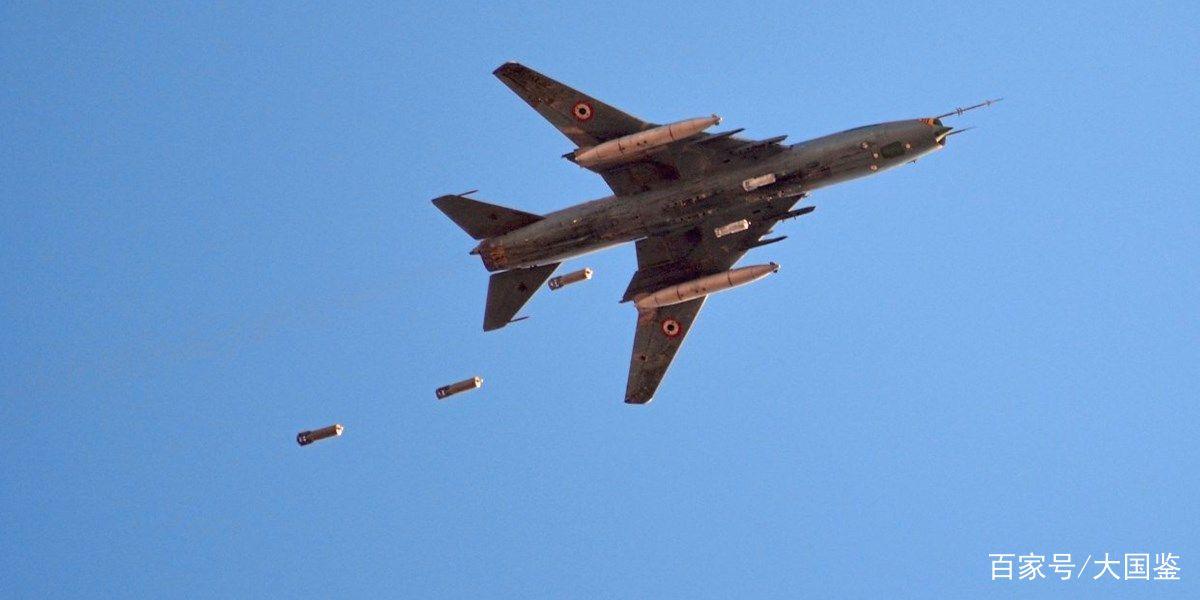 <b>突发!叙叛军击落一架苏霍伊战机,大批俄特种部队赶来营救</b>