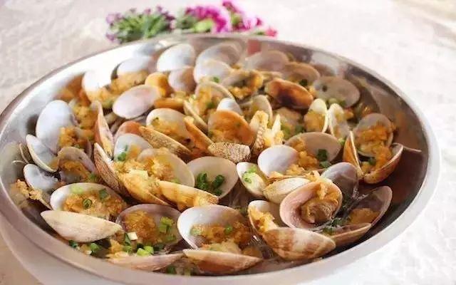 清蒸石斑鱼是什么菜_对不起!从今天开始,斗门人可能将鸡、鸭、鹅打入冷宫!_清蒸