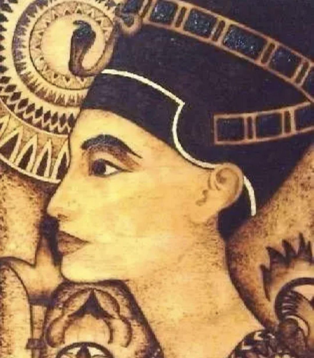 罗马女人嫩穴_在古埃及,有权利的女人才有资格接近蛇.
