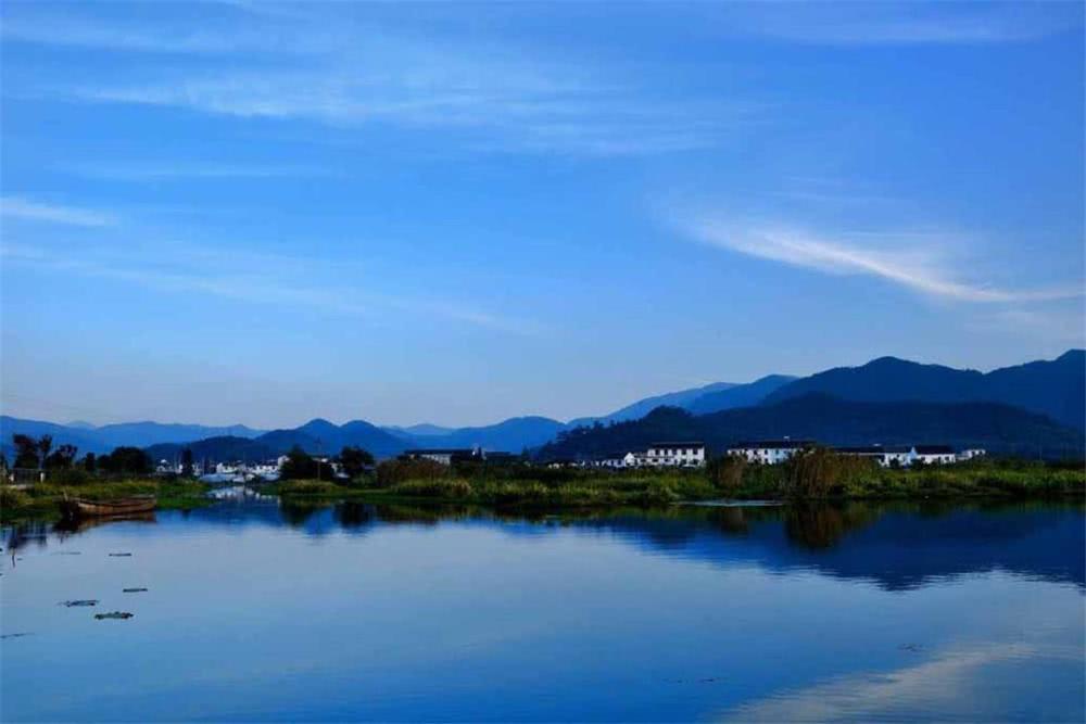 不虚此行!东钱湖风景区有唯美的小岛湖景、古朴的村落与石刻存在