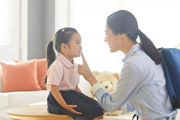 孩子跟你頂嘴,當父母的應該很生氣?其實頂嘴也是有好處的