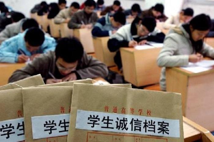 农村的孩子考个三本大学,要不要去读?不去读又不想辍学该怎么办