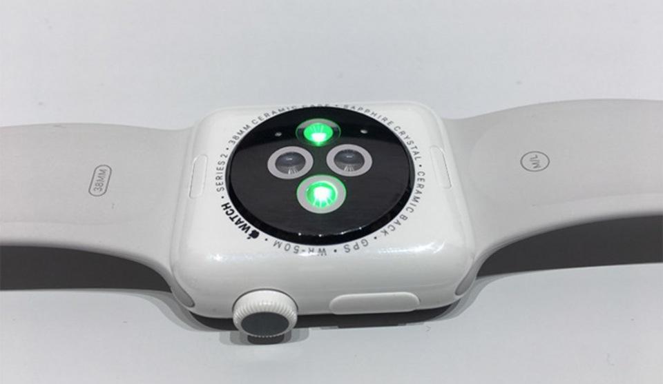 春季新Apple Watch或具有钛金属&陶瓷款