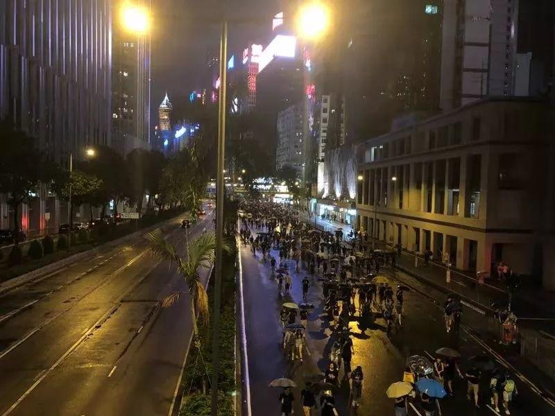民阵声称170万游行,香港警方:最高峰12万